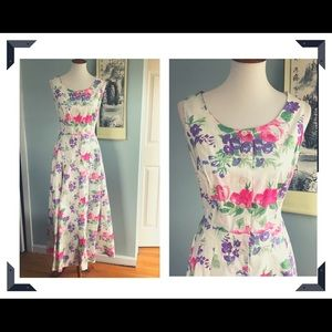 Vintage romantic floral maxi with pink roses